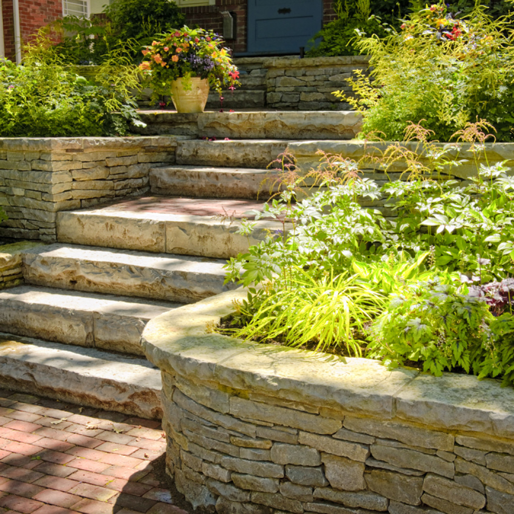 Build your new retaining wall with Rock Hard Hardscaping in 3 easy steps